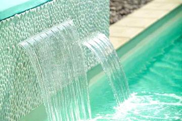 Водопад/фонтан для бассейна